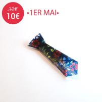 FAS1326a-broche-origami-cravate-bleue-fleurs-fraisesausucre10